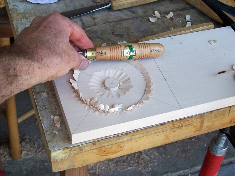 Carving the outer circle